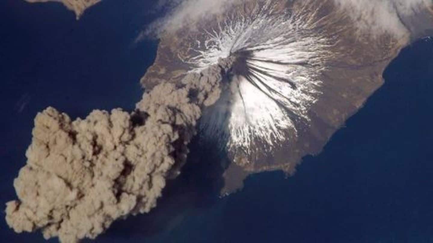 Alaskan volcano's ash cloud grounds flights