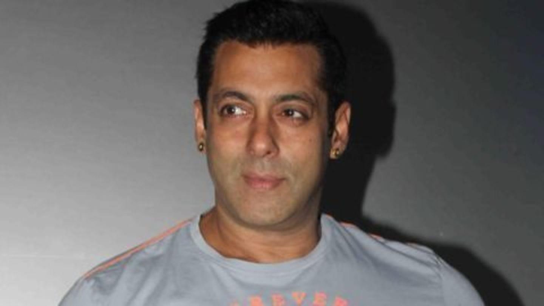 Salman Khan supports Clinton for President