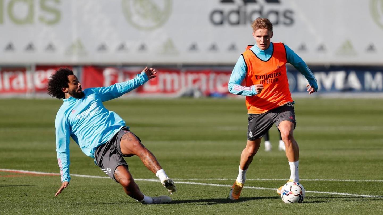 Zinedine Zidane wants Real Madrid players to stand up
