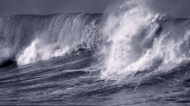 6.9 magnitude quake shakes southern Philippines, tsunami threat possible