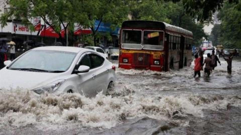 Mumbai rains: Cab rides become as costly as Goa flights