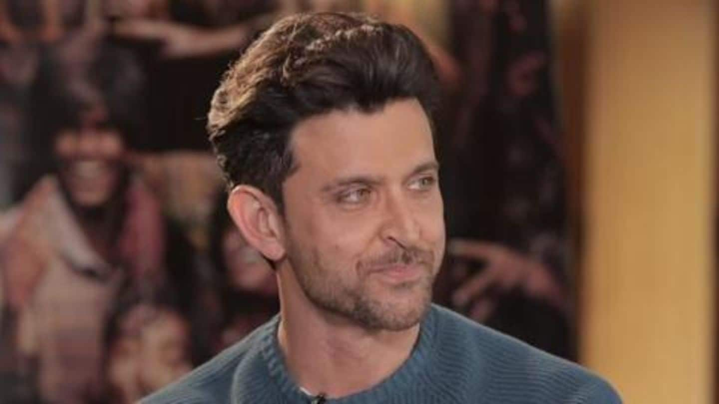 Hrithik provides hand sanitizers to Mumbai Police personnel