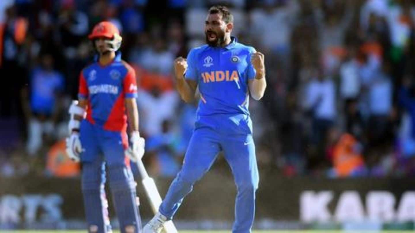 Here's what Dhoni said to Shami in the last over