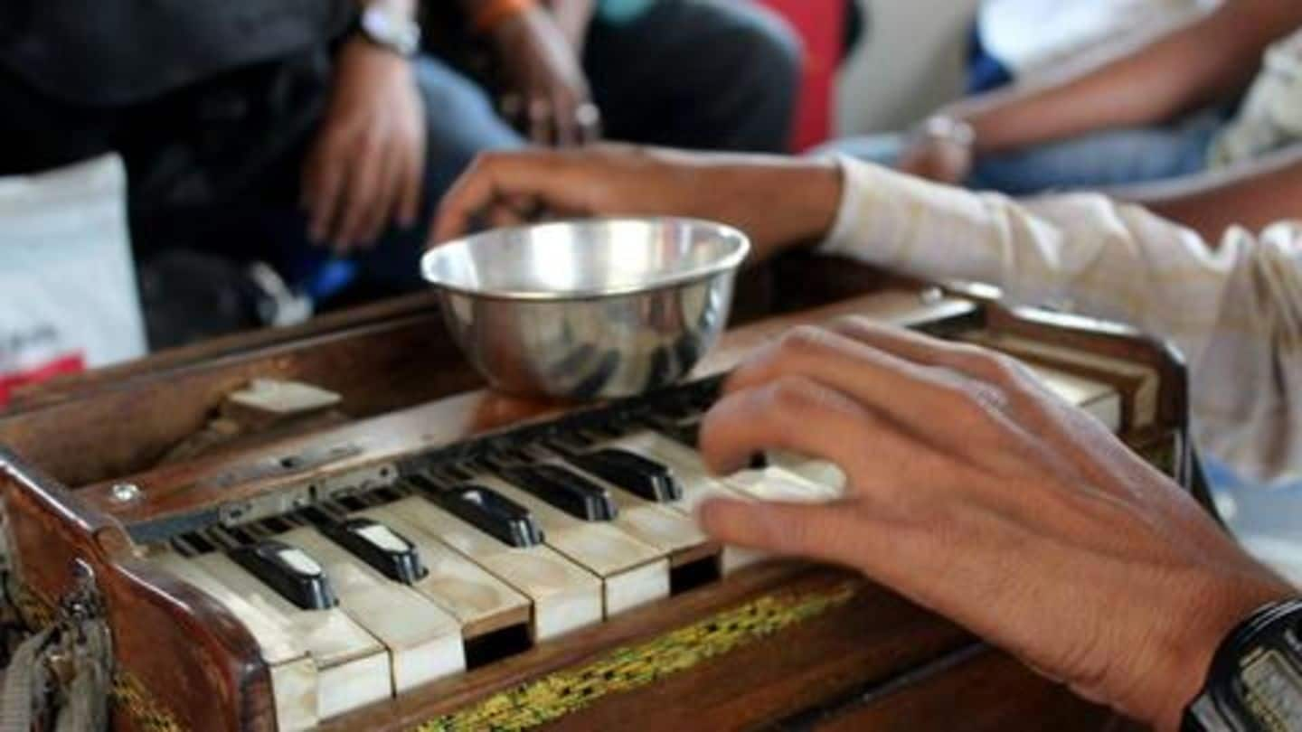 This Mumbai woman helps beggars to become professional artists