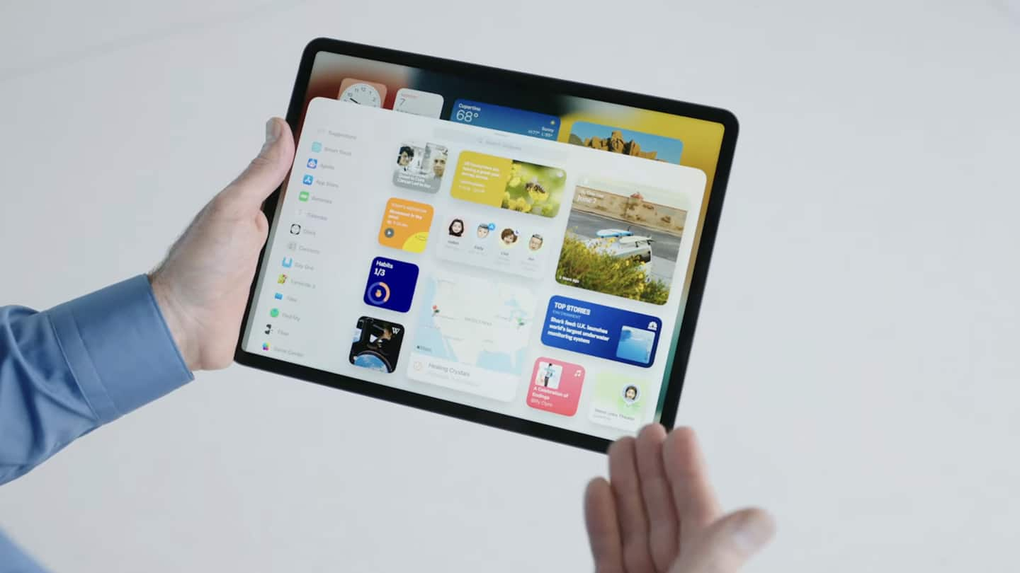iPadOS 15 finally lets users place widgets on the homescreen