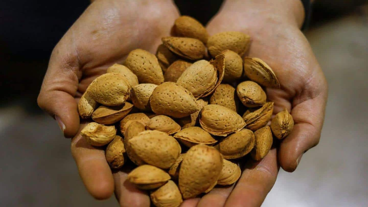 'The prices of all Afghan dried fruits increase by Rs. 300-500 / kg'