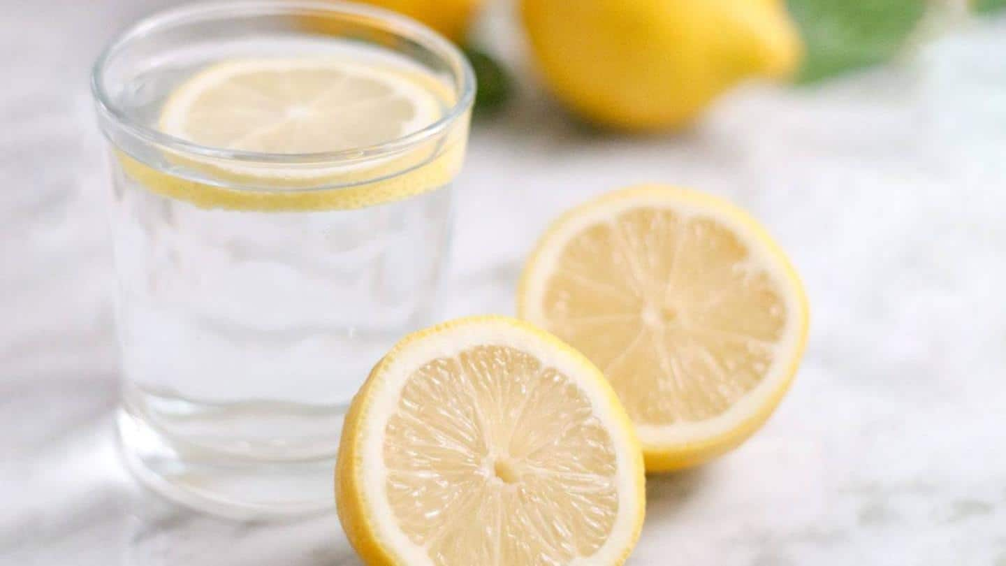 #HealthBytes: Reasons to start your day with lemon water