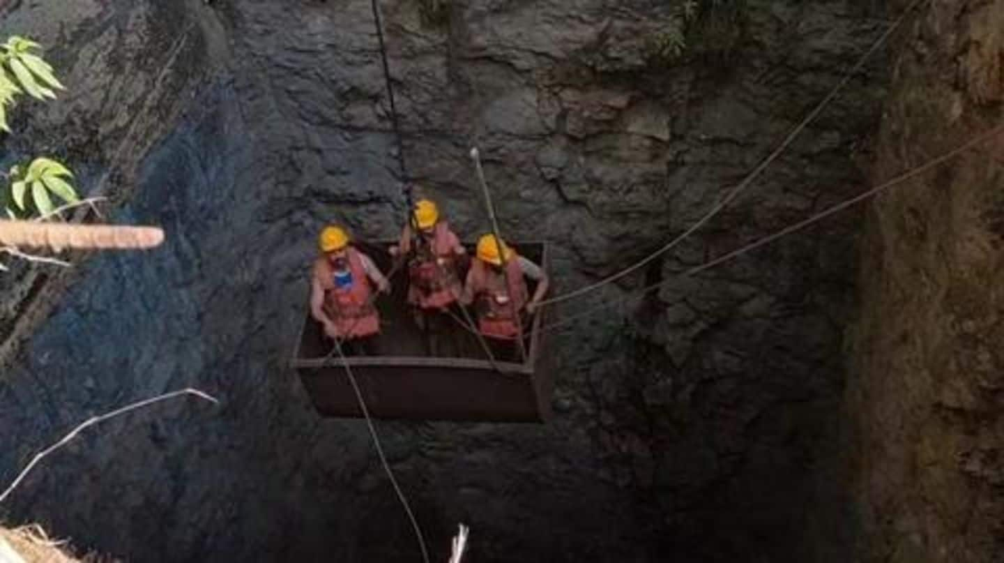 Meghalaya: Navy divers enter mine to find trapped miners